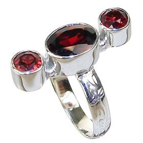 Royal Garnet Sterling Silver Ring Size O 1/2