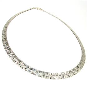 Elegant Sterling Silver Necklace length 16 inches