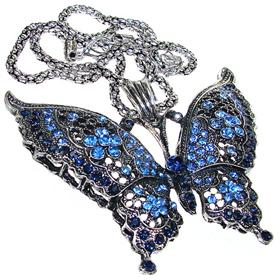 Eye-Catching Paris Blue Fashion Necklace 16 inches