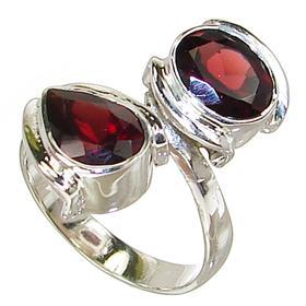 Splendid Garnet Sterling Silver Ring Size Q