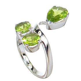 Royal Peridot Sterling Silver Ring size N
