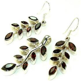 Royal Garnet Sterling Silver Set Jewellery.Silver Gemstone Set.