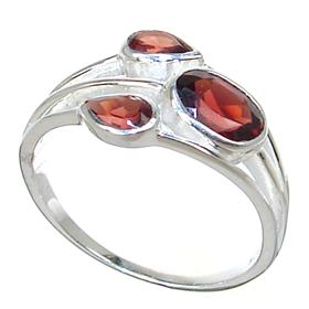 Royal Garnet Sterling Silver Ring Size P 1/2
