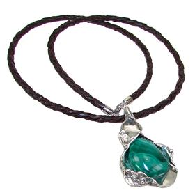 Eye-Catching Malachite Sterling Silver Necklace 18 inches