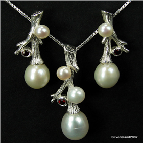 Incredible Freshwater Pearl Sterling Silver Set