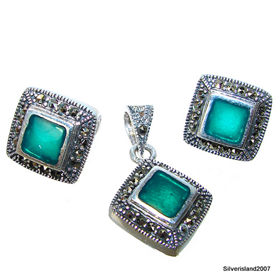 Elegant Emerald Sterling Silver Set
