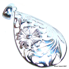 Stunning Sterling Silver Pendant