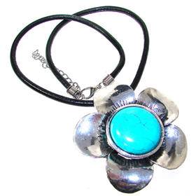 Chunky Turquoise Fashion Necklace 16 inches long