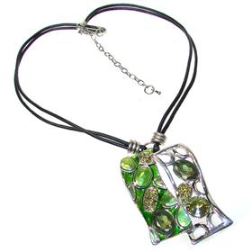 Unique Lime Quartz Fashion Necklace 18 inches