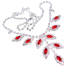 Red Crystal Fashion Necklace 18 inches long